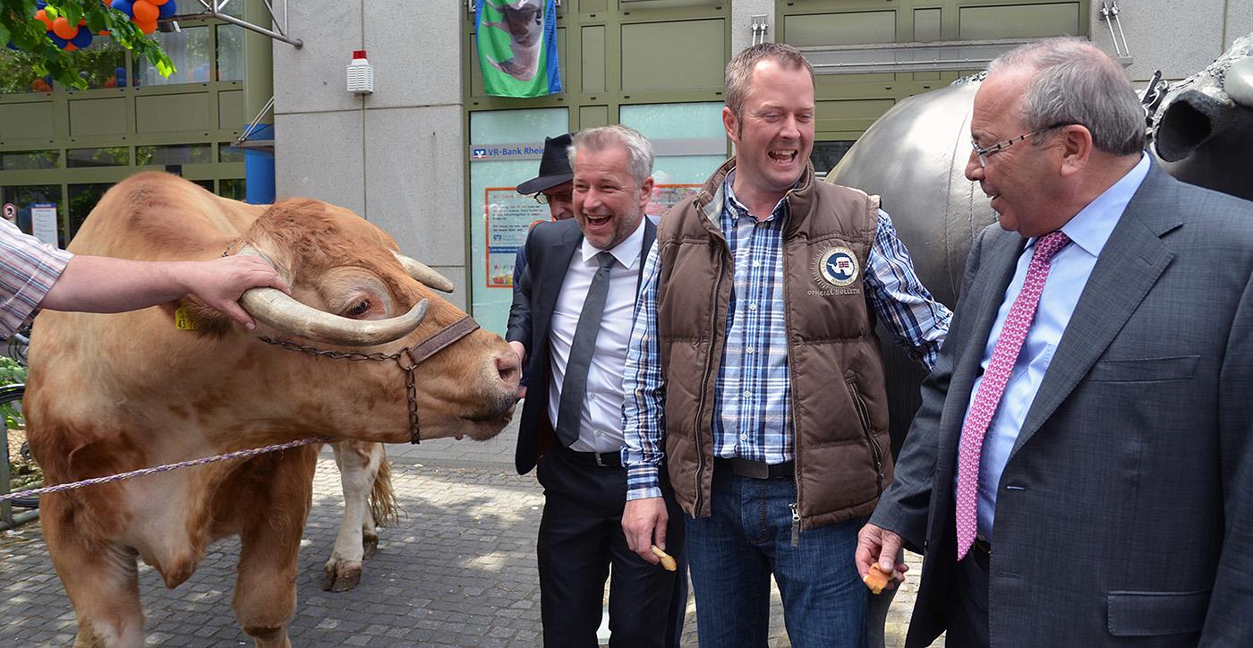 KG Sieglar - Ochsenfest 2015: Max war der Star des Tages
